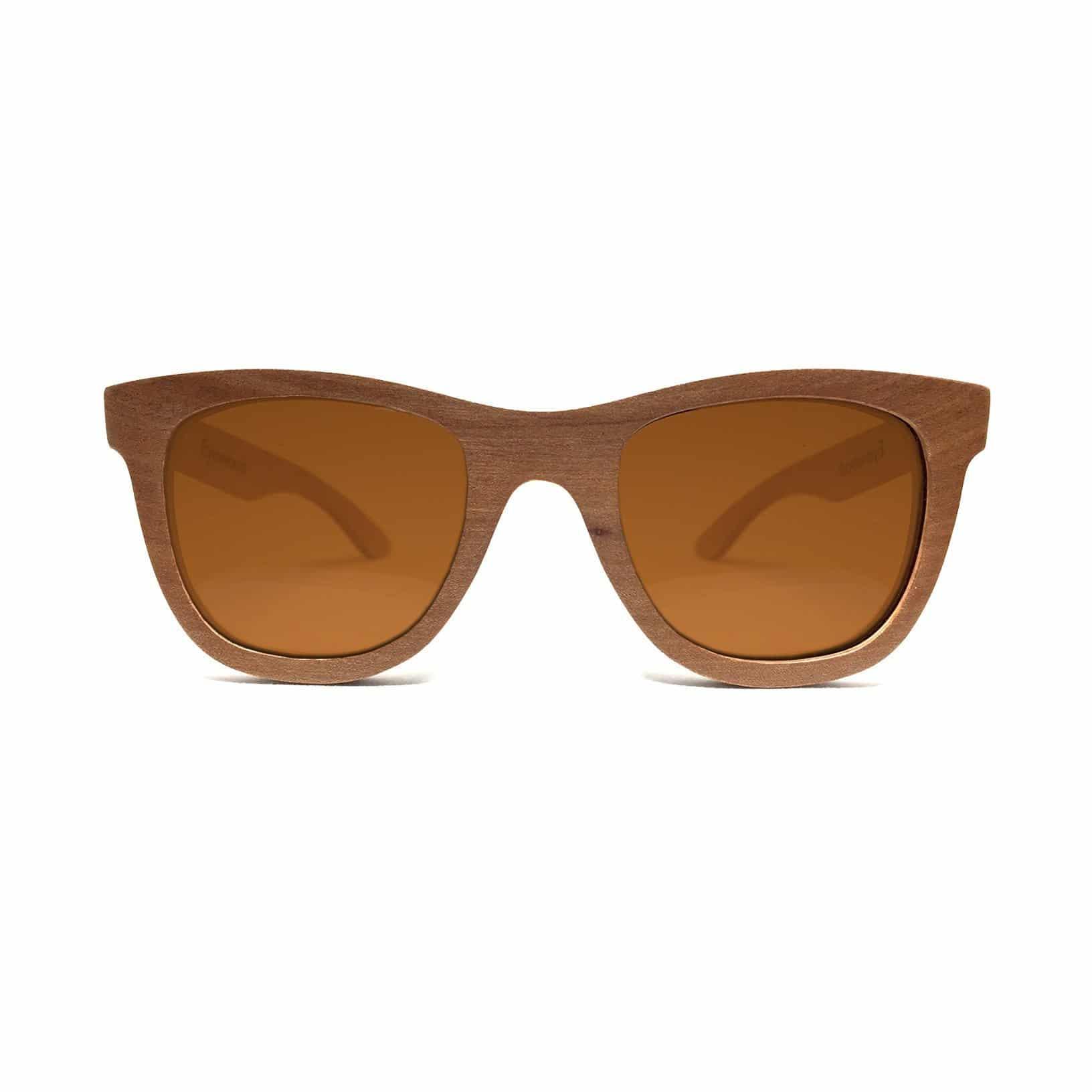 solbriller laget av tre